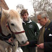 Le prince Charles, le bûcheron de Noël de Clarence House !