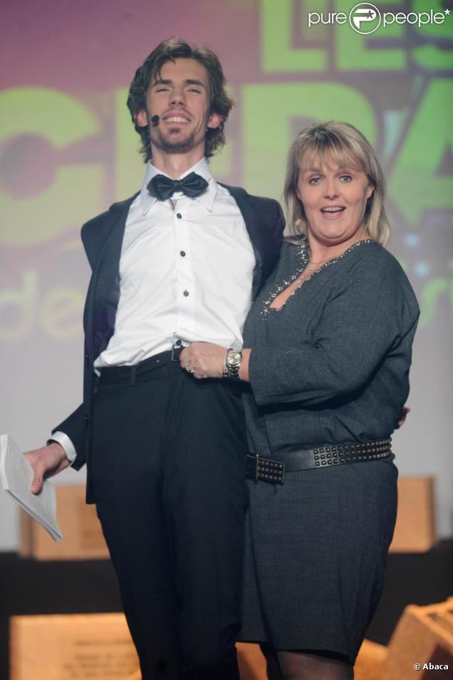 Valérie Damidot est venue parodier  Qui veut épouser mon fils ? , lors de la cérémonie des Gérard de la Télévision, lundi 6 décembre au Théâtre Michel, à Paris.
