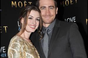 La jolie Anne Hathaway et Jake Gyllenhaal pour un bain de foule hystérique !