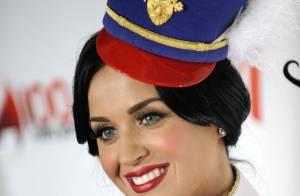 Katy Perry très sexy face à Justin Bieber, Enrique Iglesias et Selena Gomez !