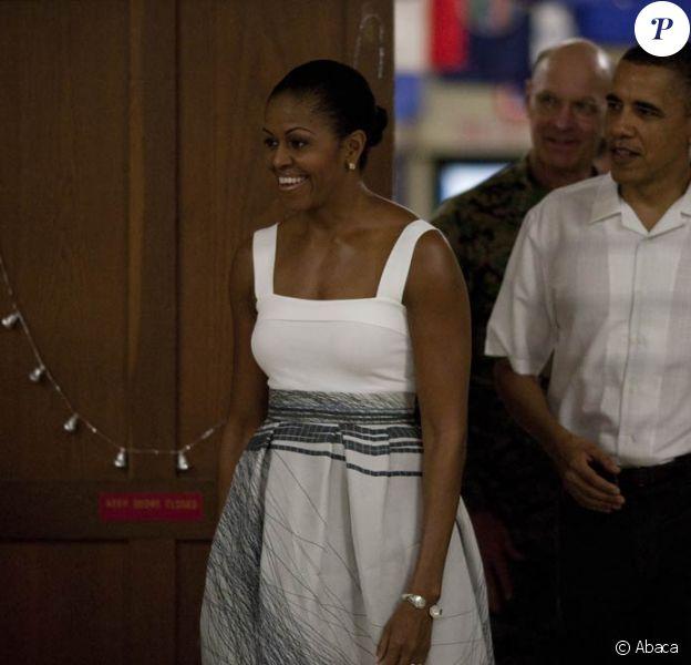 Barack et Michelle Obama ont rendu visite à des familles de militaires américains à Hawaï le 26 décembre 2010