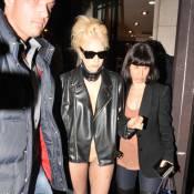 Quand Lady Gaga, massacrée à l'auto-bronzant, mélange SM et jazz  !