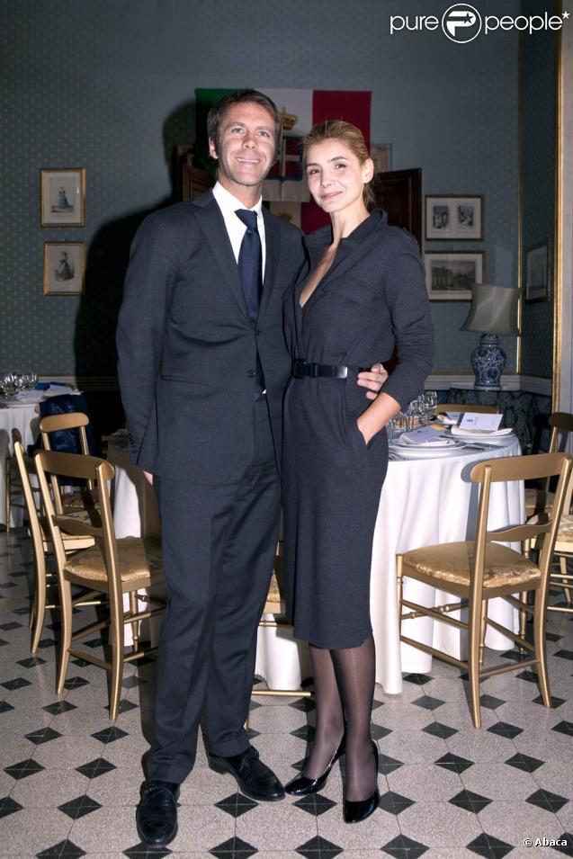 Emmanuel Philibert de Savoie et Clotilde Courau au 133e anniversaire de l'Institut National pour la Garde d'Honneur des Tombes Royales, au Panthéon, à Rome. 16/01/2011