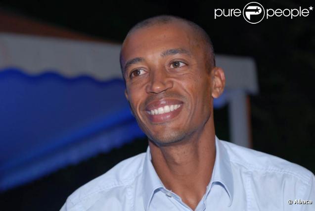 Stéphane Diagana gravement blessé dans un accident de la route le vendredi 21 janvier 2011.