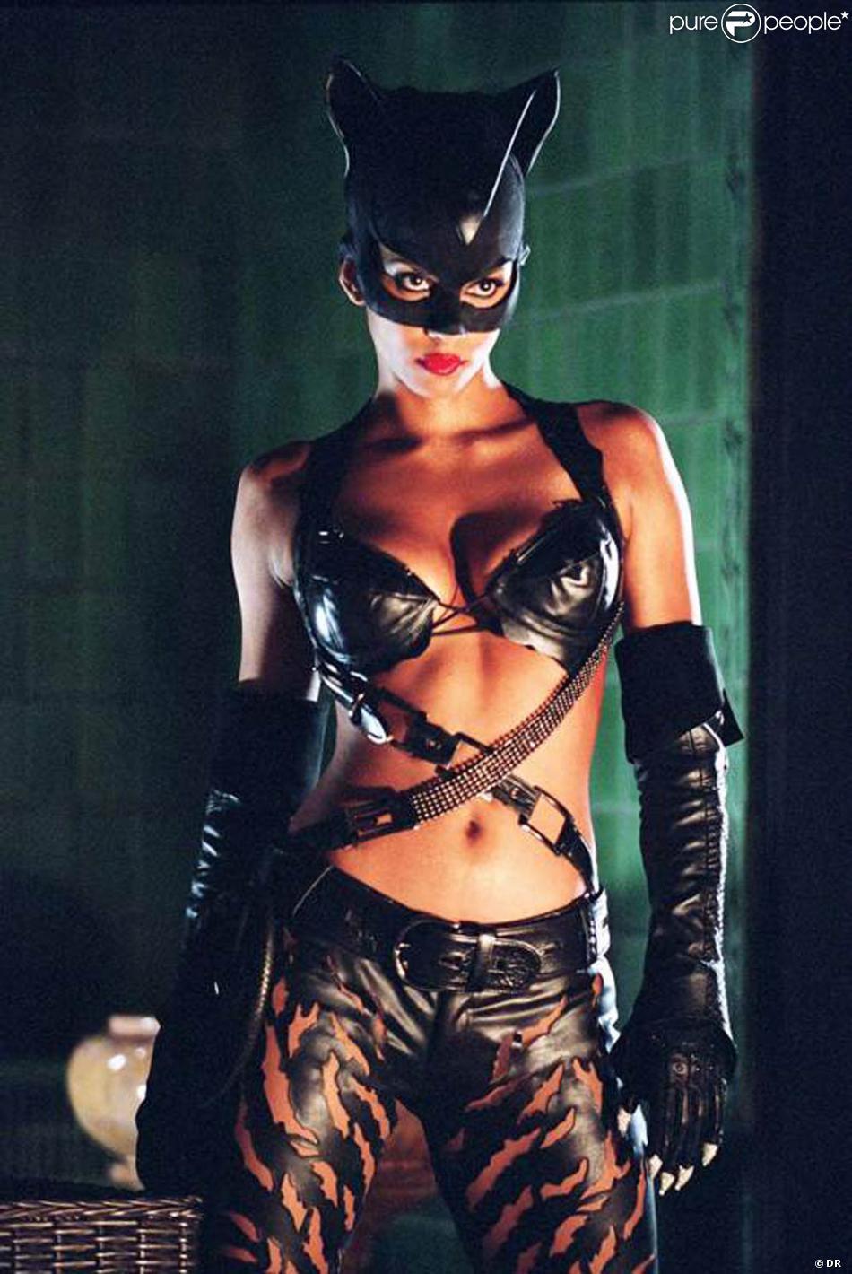 [Jeu] Association d'images - Page 18 549370-des-images-de-catwoman-sorti-en-2003-950x0-2