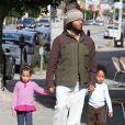 Ziggy Marley et ses deux enfants Judah et Gideon à Los Angeles en janvier 2011