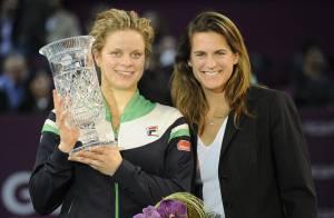 Kim Clijsters devient la 1ere maman n°1 mondiale encouragée par sa petite Jada