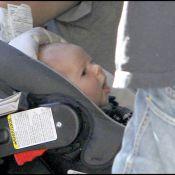 Orlando Bloom : Inséparable de son bébé et de Miranda Kerr, déjà amincie !