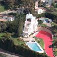 La vente aux enchères du Bateau, la villa de Charles Trénet sur les hauteurs d'Antibes-Juan-les-Pins, repoussée par le tribunal de Grasse au 26 mai 2011