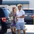 Dianna Agron et Alex Pettyfer amoureux en septembre 2010, à Los Angeles.