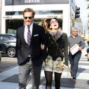 Drew Barrymore : Hilare avec un bel inconnu... Serait-elle amoureuse ?