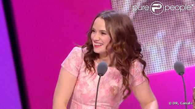 Sara Forestier est honorée du prix de la Meilleure actrice pour son rôle dans  Le Nom des Gens , lors de la 36e nuit des César, vendredi 25 février 2011.