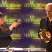 Victoires 2011 : Gaëtan Roussel, très ému, ouvre le bal et pense à Bashung...