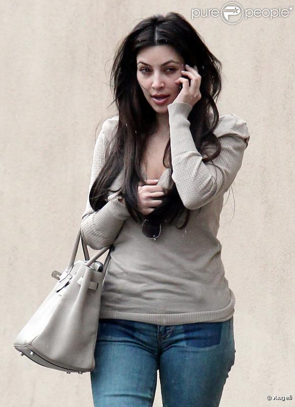 Kim Kardashian sans maquillage, à Studio City, le 18 février 2011