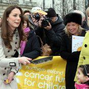 Kate Middleton: Admirez son lancer de crêpe, elle n'en finit plus de subjuguer !