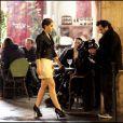 Emma Watson à Paris pour le shooting de la campagne Lancôme, réalisée par Mario Testino, le 15 mars 2011
