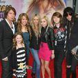 Billy Ray Cyrus en famille lors de la première d'Hannah Montana : The Movie à Los Angeles en avril 2009