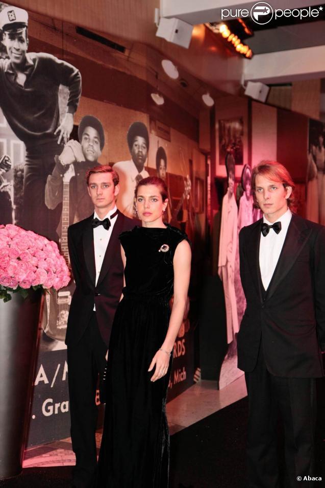 Pierre, Andrea et Charlotte Casiraghi au Bal de la Rose 2011, le 19 mars, à Monaco. Ils ont fait un passage émouvant, afin de rendre hommage à leur grand-tante Antoinette.
