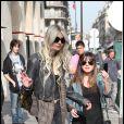 Taylor Momsen dans les rues de Paris le 25 mars 2011