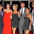 Tom Cruise et David Beckham, en compagnie de leurs épouses Vicky et Katie Holmes, mais aussi de Will Smith et sa femme Jada, en juillet 2007.