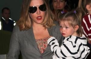 Lisa-Marie Presley : Très amincie, la fille du King est une maman fashion !
