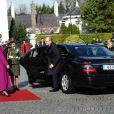 Visite officielle en Irlande d'Albert de Monaco et Charlene Wittstock. Le couple est reçu à Dublin par la présidente Mary McAleese, le 4 avril 2011.