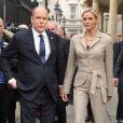 Le prince Albert de Monaco et sa fiancée Charlene Wittstock en visite officielle en Irlande, le 4 avril 2011.