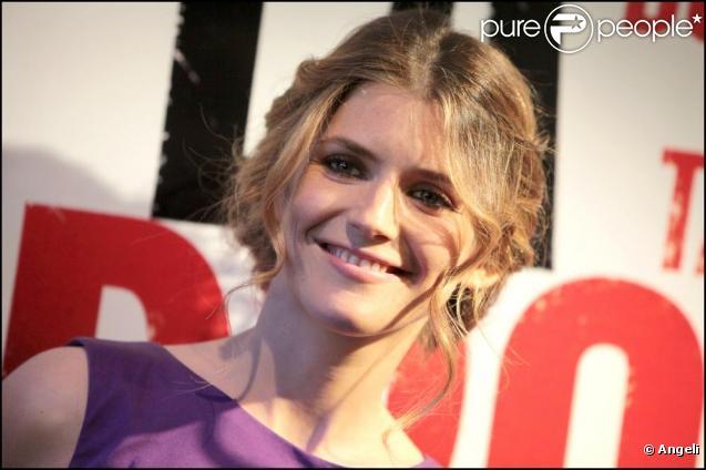 Alice Taglioni à la projection du film La Proie, d'Eric Valette, à l'UGC Bercy, à Paris. 12 avril 2011
