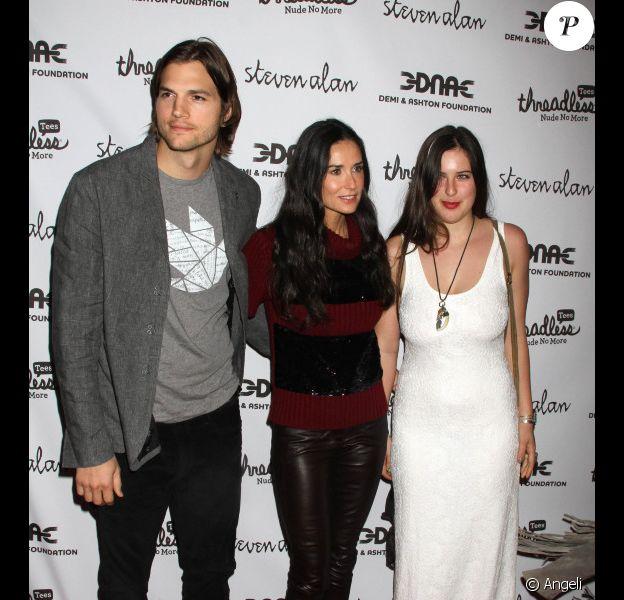 Demi Moore, Ashton Kutcher et Scout LaRue Willis participent à la soirée de lancement de  la campagne Real men don't buy girls, jeudi 14 avril, à New  York.