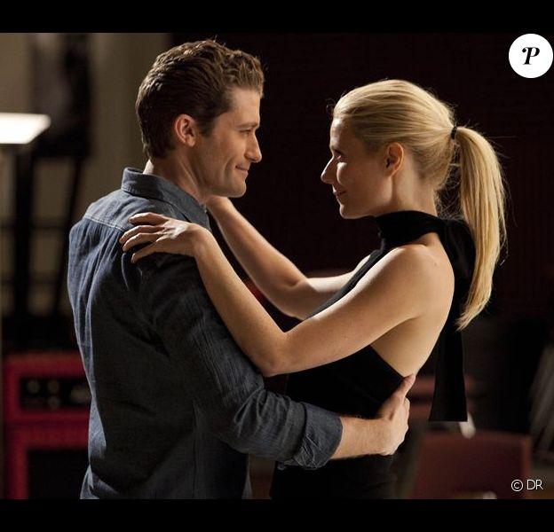 Gwyneth Paltrow et Matthew Morrison dans un épisode de Glee