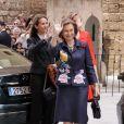 La reine Sofia entourée des princesses Elena et Cristina lors de la messe de Pâques à Palma de Majorque. Le 24 avril 2011