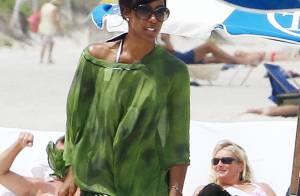 Kelly Rowland : Sublime et sereine, elle passe sa vie... sur la plage !