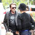 Johnny Hallyday et sa femme Laeticia à Santa Monica le 17 avril 2011
