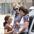 Janes Lynch, sa femme Lara Embry et sa belle-fille Haden Collette, à Los Angeles le 7 mai 2011
