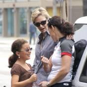 Jane Lynch de Glee : Moments de complicité avec sa femme et sa belle-fille...