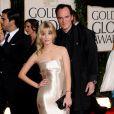 Mélanie Laurent ose la robe ultra moulante dorée signée Ralf Lauren. Une vraie star hollywoodienne. Los Angeles, 17 janvier 2010