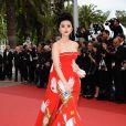 Fan Bing Bing lors de la cérémonie d'ouverture du 64ème Festival de Cannes, le 11 mai 2011. Elle portait des bijoux Cartier.