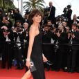 Inés de la Fressange est une superbe l'Oréal Girl sur le tapis rouge de Cannes