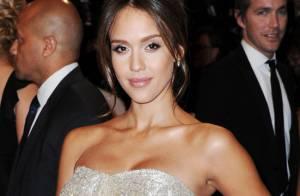 Jessica Alba : Très enceinte, elle se dévoile en bikini et change de look !