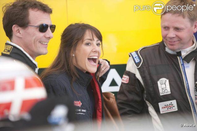Lors du week-end des 14 et 15 mai 2011, le prince Joachim prenait part à la seconde Classic Race d'Aarhus. Hélas, sa Ford Lotus-Cortina le lâchera en cours de route. Mais pas sa charmante épouse la princesse Marie, amoureuse et remettante des prix !