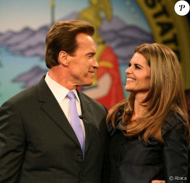 Arnold Schwarzenegger et sa femme Maria Shriver le 5 janvier 2007 à Sacramento. On comprend mieux maintenant pourquoi ce couple solide s'est séparé après 25 ans de mariage.