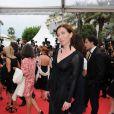 Elise Larnicol lors de la montée des marches du film La Conquête le 18 mai 2011 à l'occasion du 64e Festival de Cannes