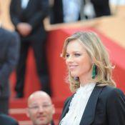 Cannes 2011 : Eva Herzigova dévoile ses jambes et met Cannes à ses pieds !