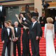 Jean-Paul Gaultier, Marisa Paredes, Antonio Banderas, Pedro Almodovar,   Elena Anaya, Jan Cornet et Blanca Suarez lors de la présentation du film   La Piel que Habito au festival de Cannes le 19 mai 2011
