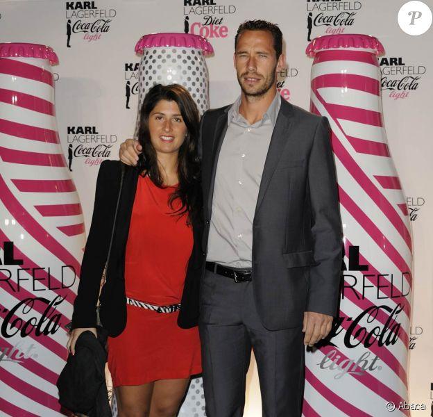 En avril 2011, Michaël Llodra honorait le nouvel habillage du Coca-Cola Light par Karl Lagerfeld. Mais le tennisman est également passionné de grands vins !