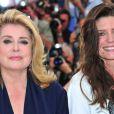Catherine Deneuve et Chiara Mastroianni lors du photocall du film Les Bien-aimés au festival de Cannes le 21 mai 2011