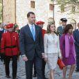 Comme chaque année, Felipe et Letizia d'Espagne rendent hommage aux rois  de Navarre au monastère de Leyre, le 31 mai 2011