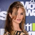 Rosie Huntington-Whiteley lors des MTV Movie Awards qui se sont tenus au Gibson Theatre de Los Angeles, le 5 juin 2011.
