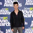 Taylor Lautner lors des MTV Movie Awards qui se sont tenus au Gibson Theatre de Los Angeles, le 5 juin 2011.