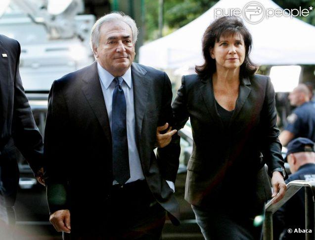 DSK et son épouse arrivent au tribunal pénal de New York. 6 juin 2011